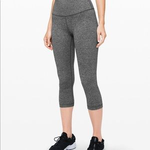 NWT Lululemon Wunder Under Crop (High-Rise)  21""